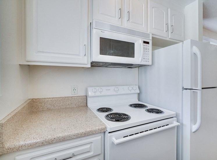 Kitchen Appliances at Highlander Park Apts, California