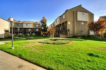 3131 Watkins Drive 1-2 Beds Apartment for Rent Photo Gallery 1