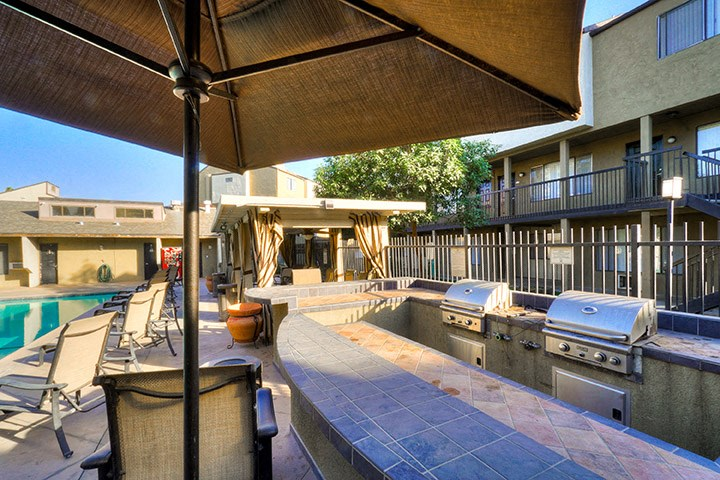 Barbecue And Grilling Station at Highlander Park Apts, California, 92507
