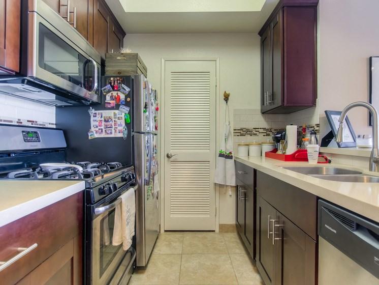 Well Organised Kitchen at Hollywood Vista, Hollywood, CA