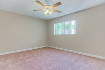 7250 Hillside Ave 1-2 Beds Apartment for Rent Photo Gallery 1