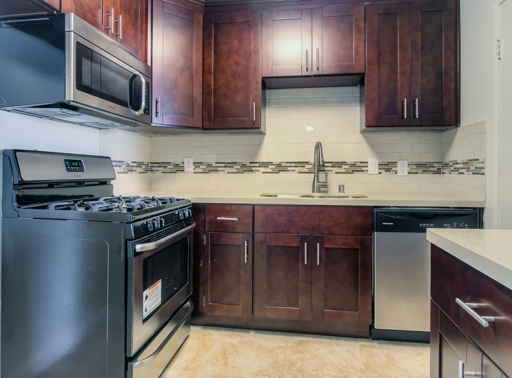 EfficientButSpacious kitchen at La Vista Terrace, Hollywood, CA