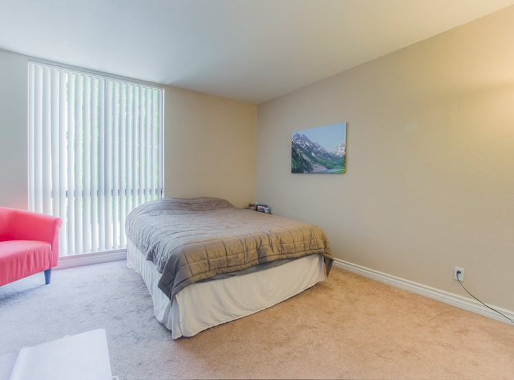 Bedroom With Window Coverings at La Vista Terrace, Hollywood, 90046