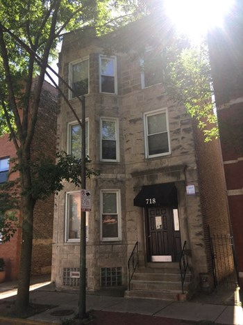 718 S Aberdeen St 2-4 Beds Apartment for Rent Photo Gallery 1