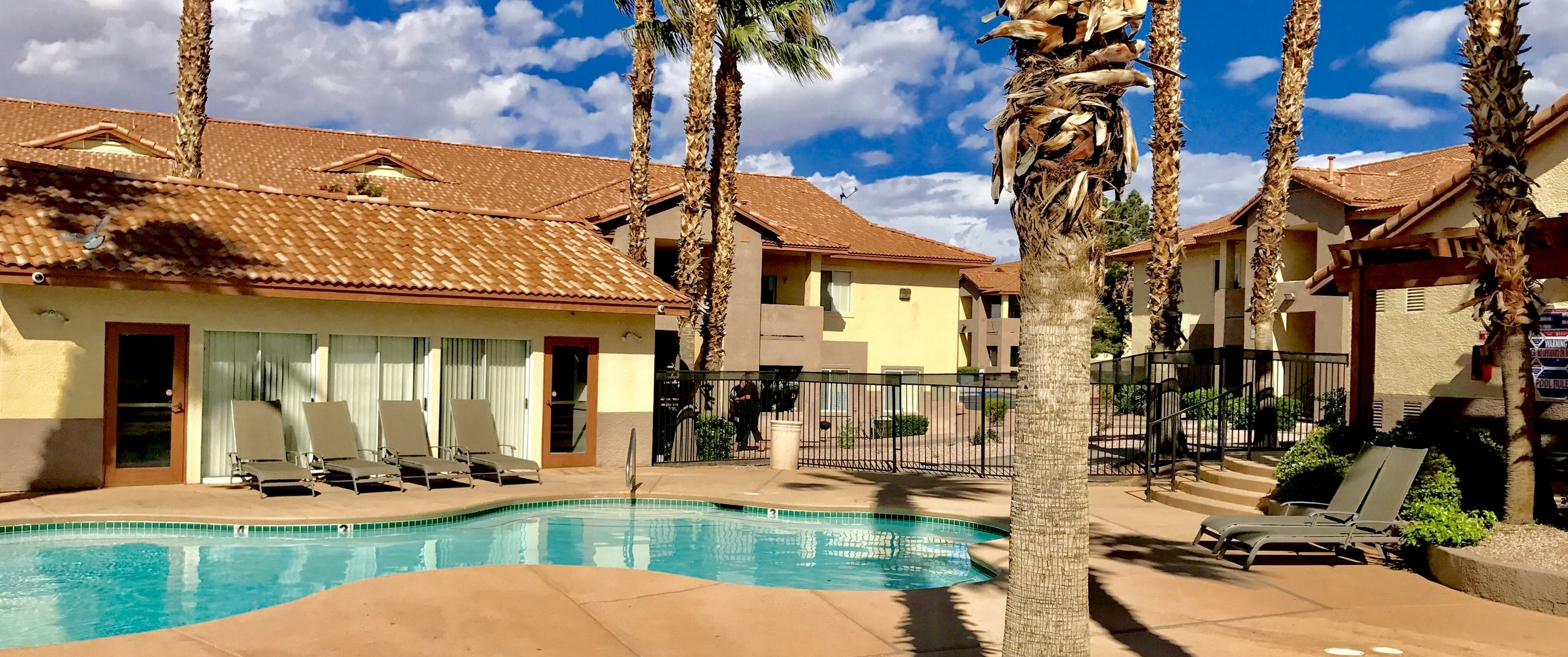 Pool Spa And Lounge Chairs Prelude At The Park Apartments Henderson NV