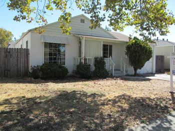 1032 Western Avenue 3 Beds House for Rent Photo Gallery 1