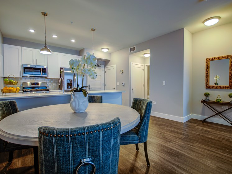 101 West Liberty Street Model Apartment Dining Area Photo