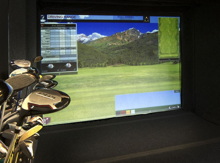 24/7 Golf Simulator at Cycle Apartments Ft. Collins, CO  80525