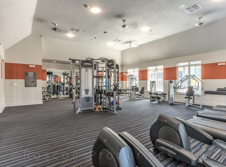 fitness_center_lake_houston_apartments