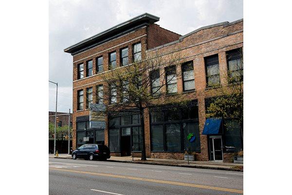Historic Fix Play Lofts in Birmingham, AL 35203