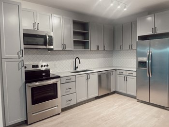 515 Madison Street 1-2 Beds Apartment for Rent Photo Gallery 1