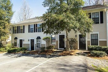 3206 West Wimbledon Drive Studio-2 Beds Apartment for Rent Photo Gallery 1