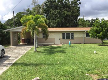 3112 Nelson St Fort Myers, FL 33901 2 Beds House for Rent Photo Gallery 1