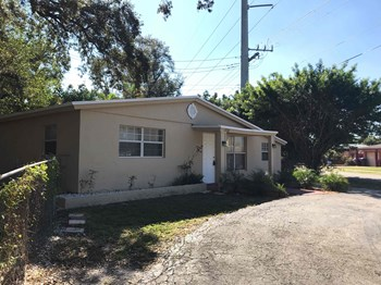 5740 Douglas St Hollywood, FL 33021 3 Beds House for Rent Photo Gallery 1