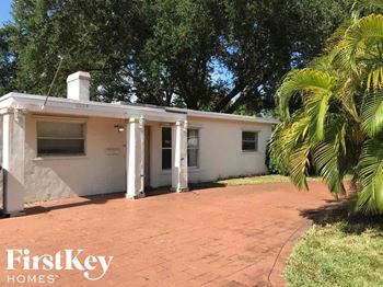 6329 Garfield St Hollywood, FL 33024 2 Beds House for Rent Photo Gallery 1