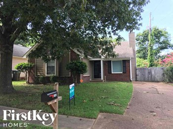 7140 Maryland Ct Memphis, TN 38133 3 Beds House for Rent Photo Gallery 1