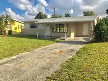 7750 Miramar Blvd Miramar, FL 33023 2 Beds House for Rent Photo Gallery 1