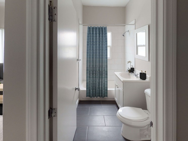 Luxurious Bathrooms at Barton Apartments, Los Angeles, CA, 90029