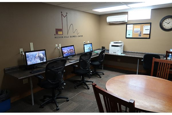 Business Center at Mission Hills Apartments, Franklin, WI, 53132
