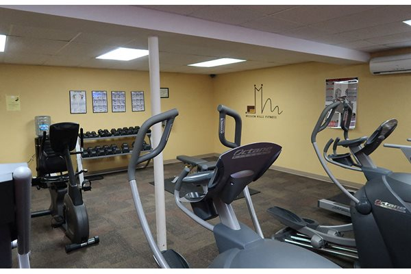 Fully Equipped Fitness Center at Mission Hills Apartments, Franklin, Wisconsin