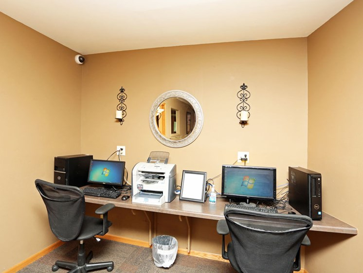 Business Center at Springtree Apartments in Middleton Wisconsin 53562