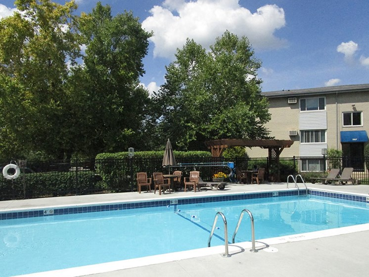 Poolside Sundeck at The Birches Apartments, Joliet