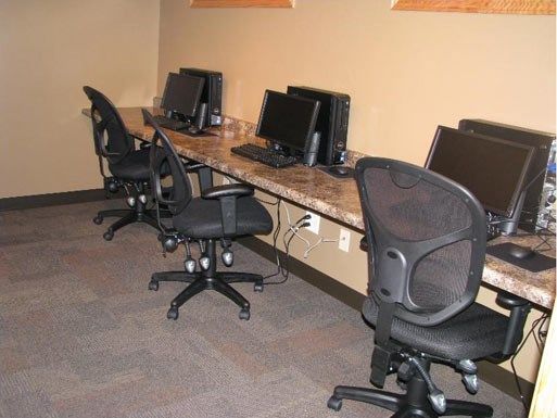 Computer Center at The Birches Apartments, Illinois