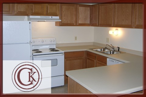 Fully Equipped kitchen at Chateau Knoll, Bettendorf, Iowa