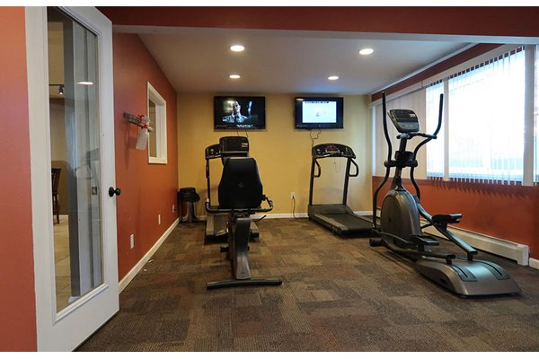 Fully Equipped Fitness Center at Pine Ridge, Illinois, 61265