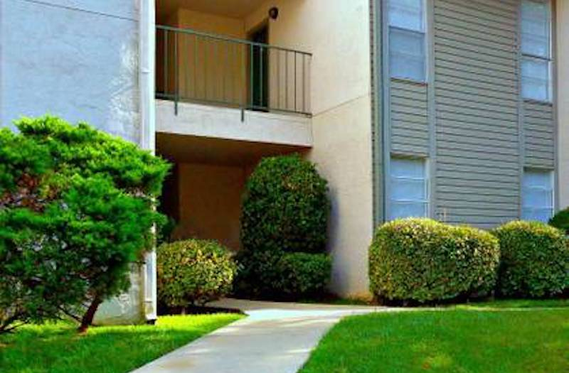 Cypress Pointe Apartment Homes Tallahassee, FL 32309  well-kept community