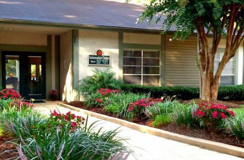 Cypress Pointe Apartment Homes Tallahassee, FL leasing office