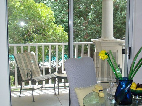 Plantations at Killearn Apartment Tallahassee, FL 32309 private patio and balcony