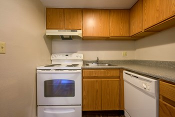 6241 N. 27th Avenue 1-2 Beds Apartment for Rent Photo Gallery 1