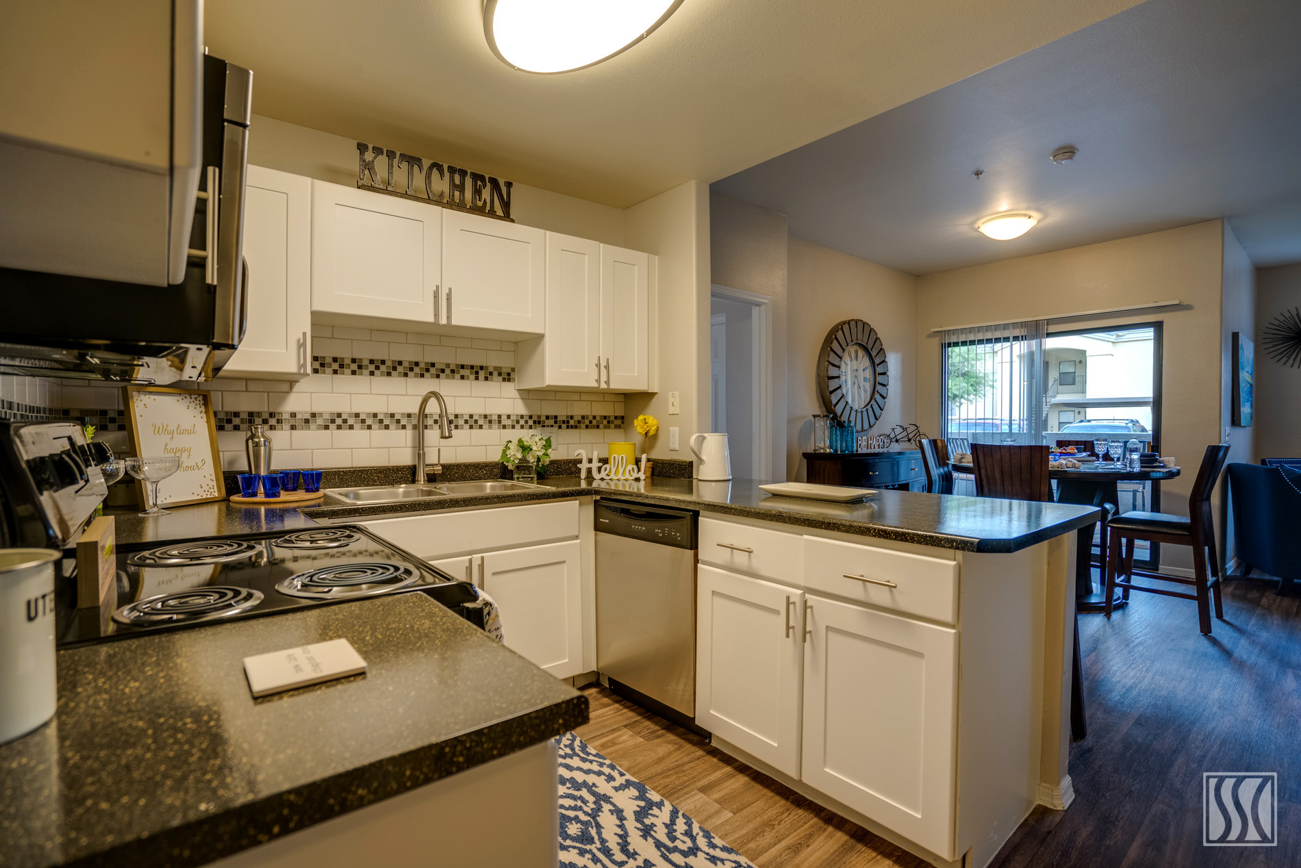 Palm Trails Apartments photogallery 15