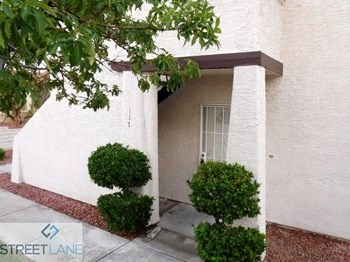101 Luna Way Unit 117 2 Beds House for Rent Photo Gallery 1
