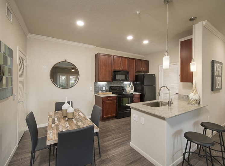 1b kitchen apartments in pearland