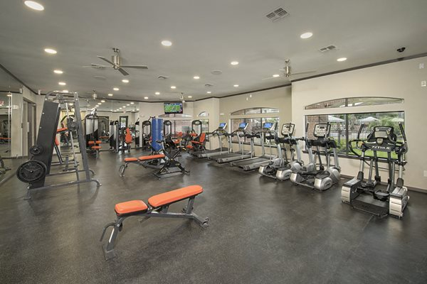 fitness center shadow creek apartments