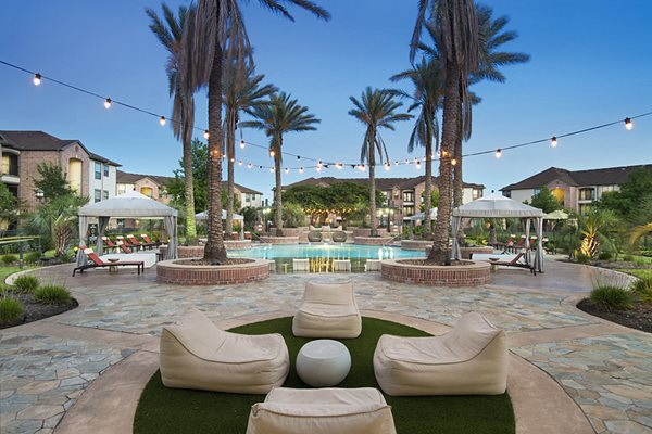 pool lounge shadow creek apartments