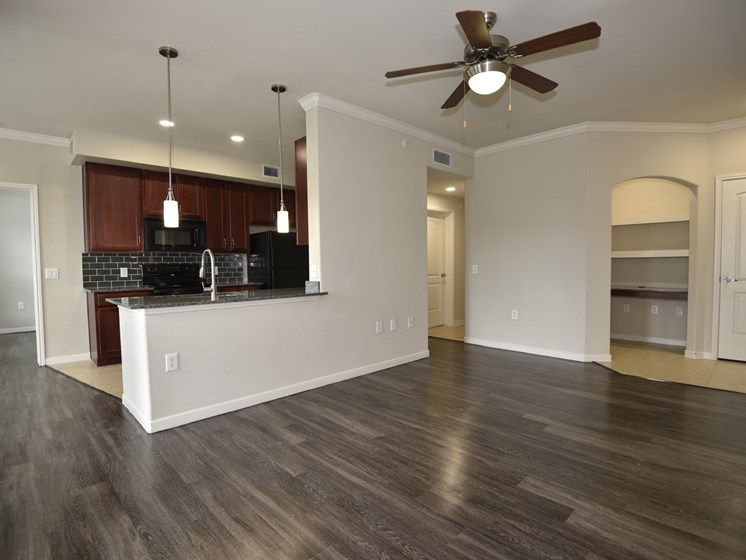 remodeled unit apartments in pearland