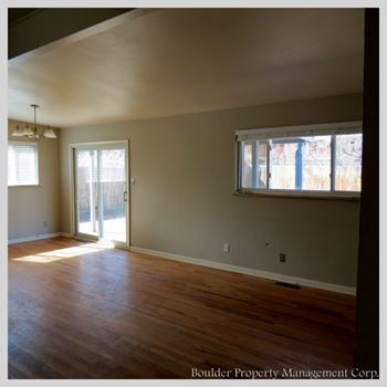 765-31ST STREET 4 Beds House for Rent Photo Gallery 1