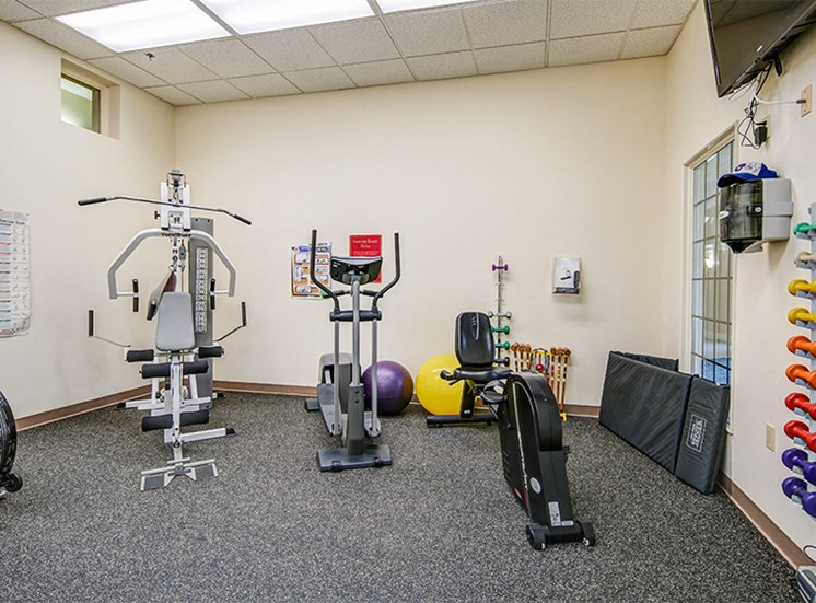 Fitness Center at Lake Oaks Apartments