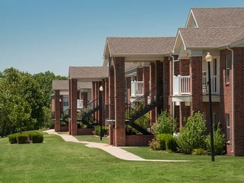 1500 E. Tall Tree Road 1-2 Beds Apartment for Rent Photo Gallery 1