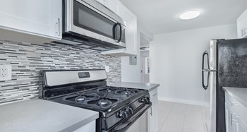 1417 17th Street 1-3 Beds Apartment for Rent Photo Gallery 1