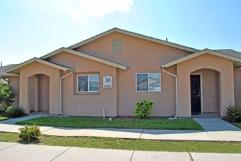 1225 N. FM 491 1-3 Beds Apartment for Rent Photo Gallery 1
