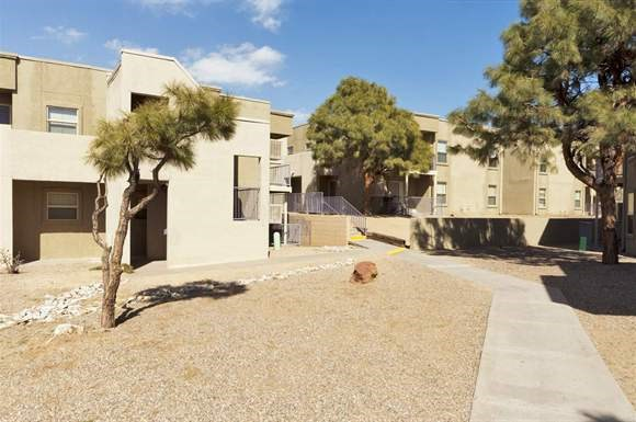 Sandia Vista Apt Apartments 901 Tramway Blvd Ne