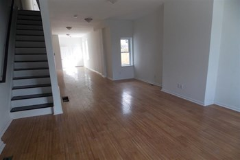2421 N 19th St 5-6 Beds Apartment for Rent Photo Gallery 1