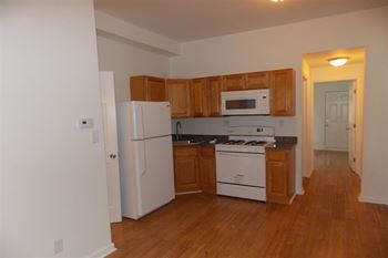 4117 Cambridge St 2 Beds Apartment for Rent Photo Gallery 1