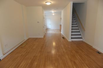 4910 Olive St 3 Beds House for Rent Photo Gallery 1