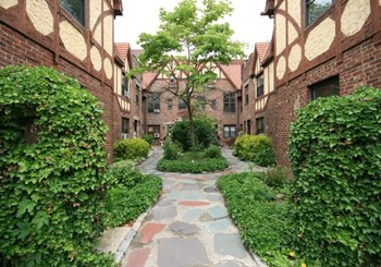 189-15 37Th Avenue 1-3 Beds Apartment for Rent Photo Gallery 1