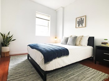 1204 Chestnut St. Studio-1 Bed Apartment for Rent Photo Gallery 1
